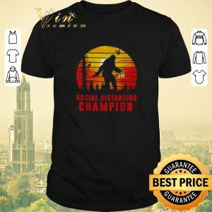 Official Bigfoot hug Toilet paper Social distancing champion sunset shirt sweater