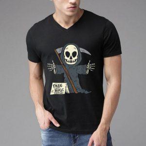 Free Hugs Grim Reaper Scary The Death Halloween Costume shirt
