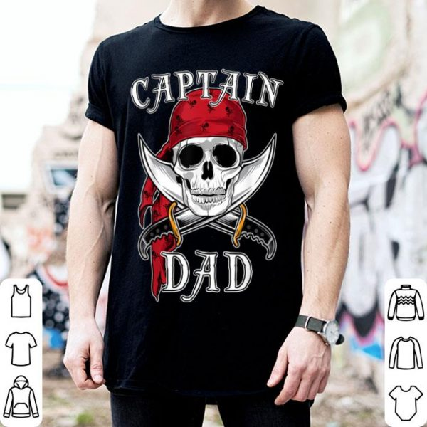 Official Mens Captain Dad Funny Halloween Pirate Skull Gift shirt