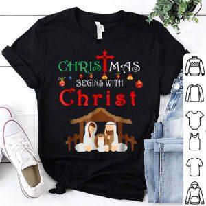 Pretty Christmas Begins With Christ Christian Holiday Jesu shirt