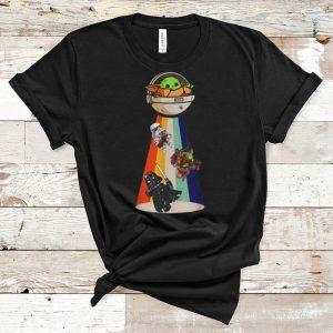Pretty Star Wars Baby Yoda Darth Vader UFO shirt