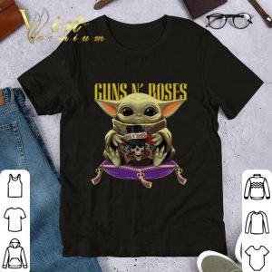 Pretty Baby Yoda hug Gun N' Roses Star Wars Mandalorian shirt