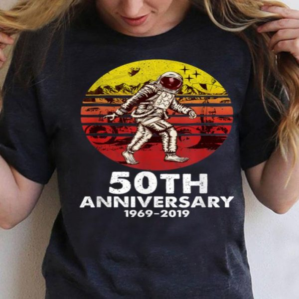 50th Anniversary 1969 Vintage Retro Bigfoot Astronaut shirt