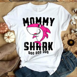 Mommy Shark Mother Grandma Halloween Christmas shirt