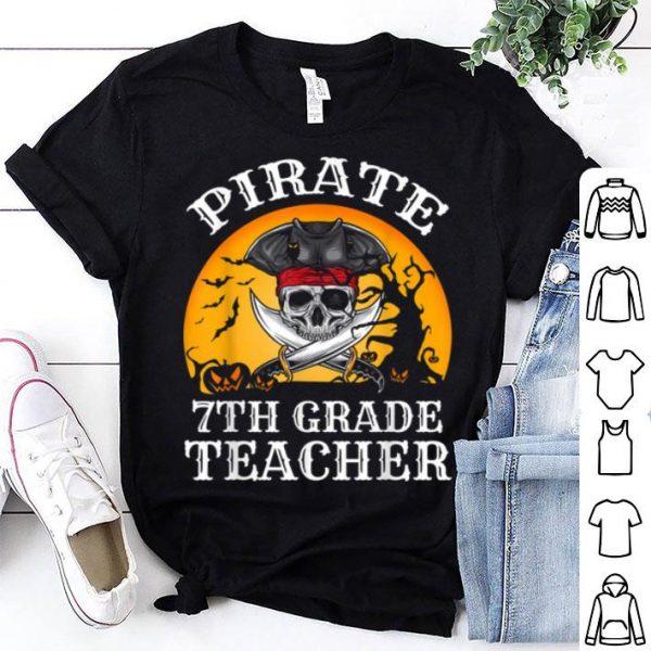 Beautiful Pirate 7th Grade Teacher Funny Halloween shirt