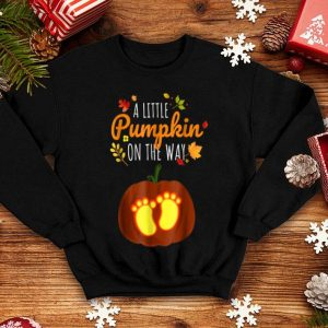 Awesome Pregnant Halloweens Funny Little Pumpkin Pregnancy Tee shirt