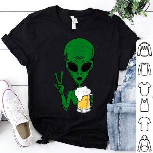 Original Area-51 Alien Beer Peace Sign Lazy Drinking Halloween Gift shirt
