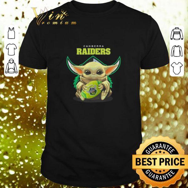 Cool Baby Yoda hug Canberra Raiders Star Wars shirt