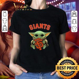 Nice Baby Yoda hug San Fran Giants Star Wars Mandalorian shirt 1