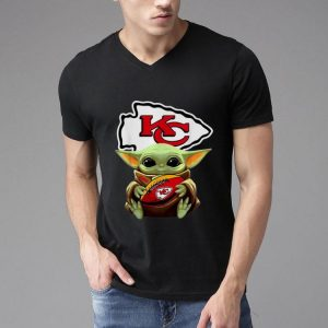 Star Wars Football Baby Yoda Hug Kansas City Chiefs shirt