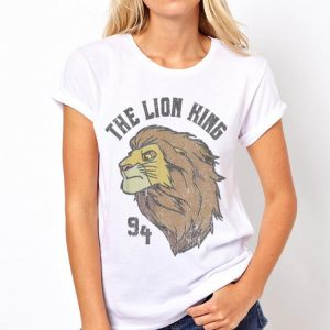 Disney Lion King Distressed '94 Simba Head Graphic shirt