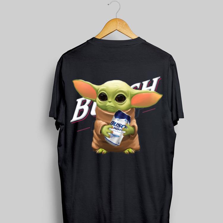 Baby Yoda Hug Busch Light Shirt, Hoodie, Sweater