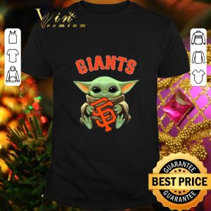 Top Baby Yoda hug San Fran Giants Star Wars Mandalorian shirt