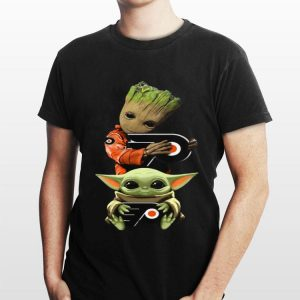 Baby Yoda and Baby Groot hug Philadelphia Flyers shirt