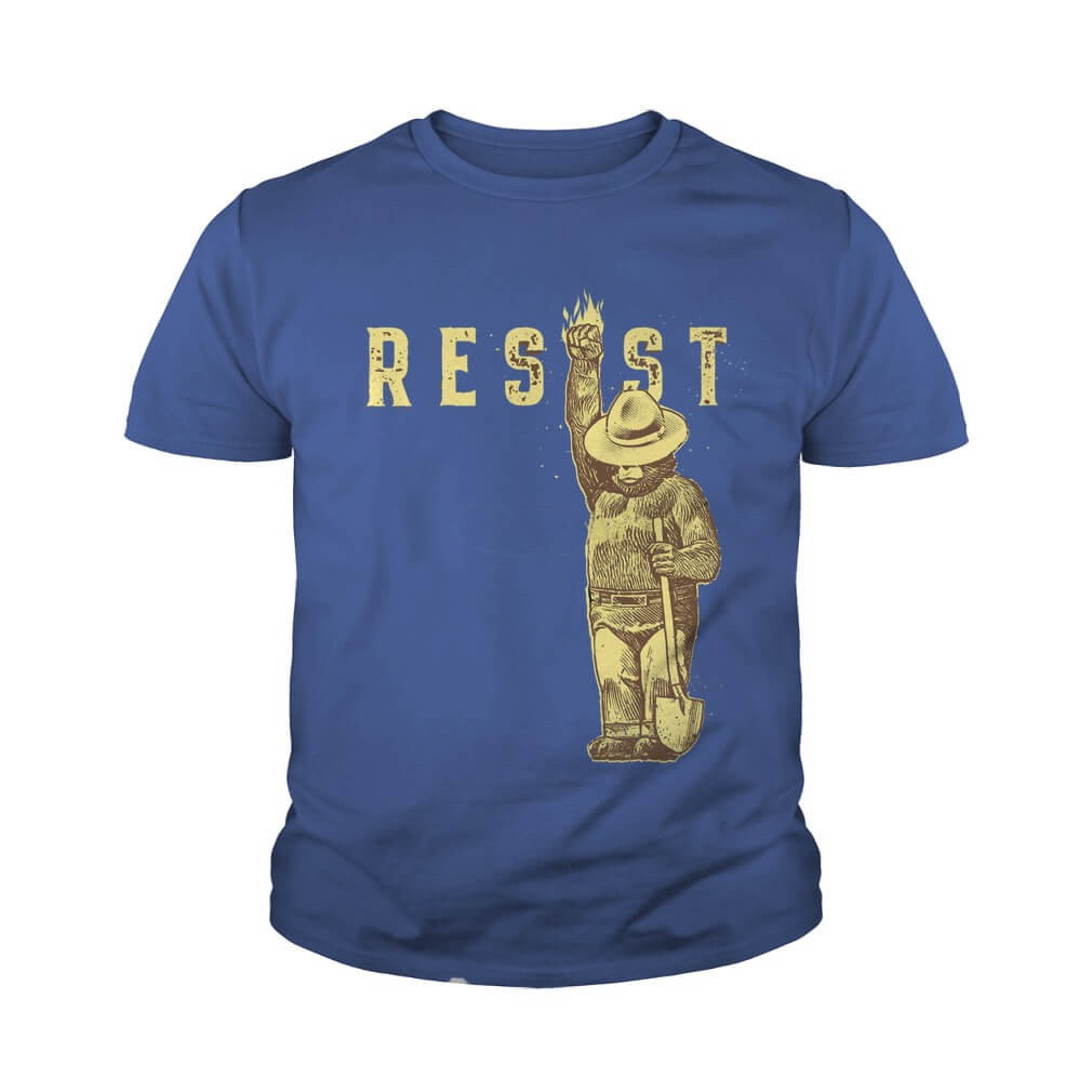 TOP Smokey Says Resist youth tee