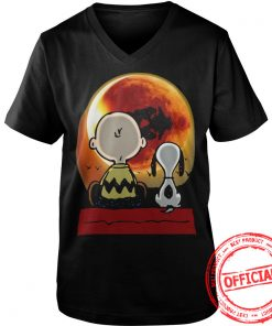 Snoopy And Charlie Brown At Solar Eclipse 2017 Vneck