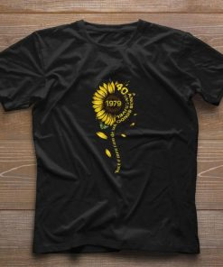 Top Sunflower 1979 40 anos sendo incrivel voce e meu raio de sol shirt 1 1 247x296 - Top Sunflower 1979 40 anos sendo incrivel voce e meu raio de sol shirt