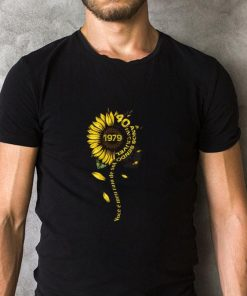 Top Sunflower 1979 40 anos sendo incrivel voce e meu raio de sol shirt 2 1 247x296 - Top Sunflower 1979 40 anos sendo incrivel voce e meu raio de sol shirt