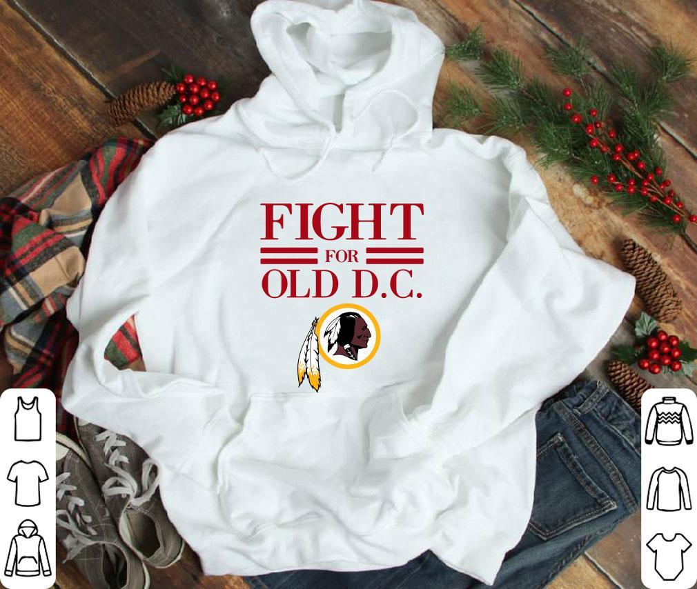 Pretty Washington Redskins fight for old DC shirt