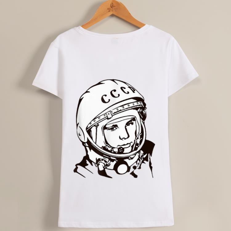 Awesome 1961 Yuri Gagarin First Man in Space Lineart shirt 1 - Awesome 1961 - Yuri Gagarin - First Man in Space Lineart shirt