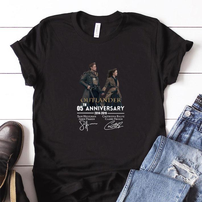 Funny 05th anniversary Outlander 2014-2019 signatures shirt