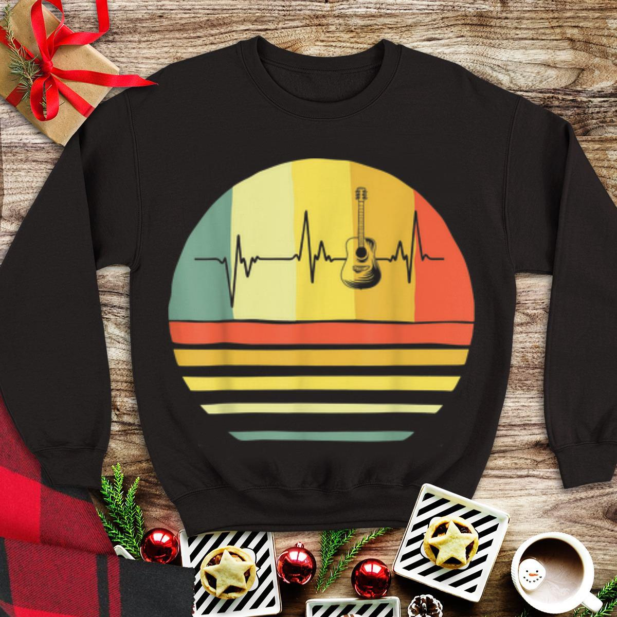 Awesome Vintage Acoustic Guitar Heartbeat Guitar Player shirt