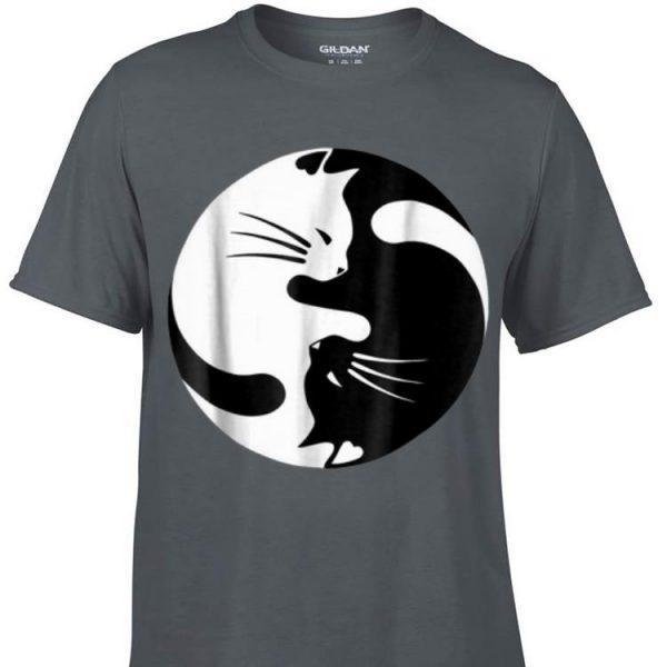 Awesome Black And White Cats Yin Yang Shape shirt