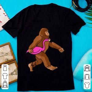 Hot Bigfoot Carrying Flamingo Halloween Cute Unique Gift shirt