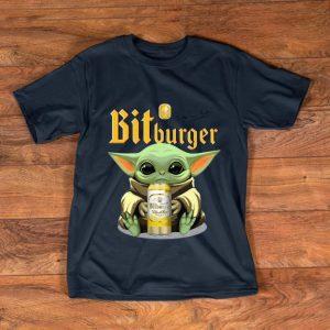 Great Baby Yoda Hug Bit Burger shirt