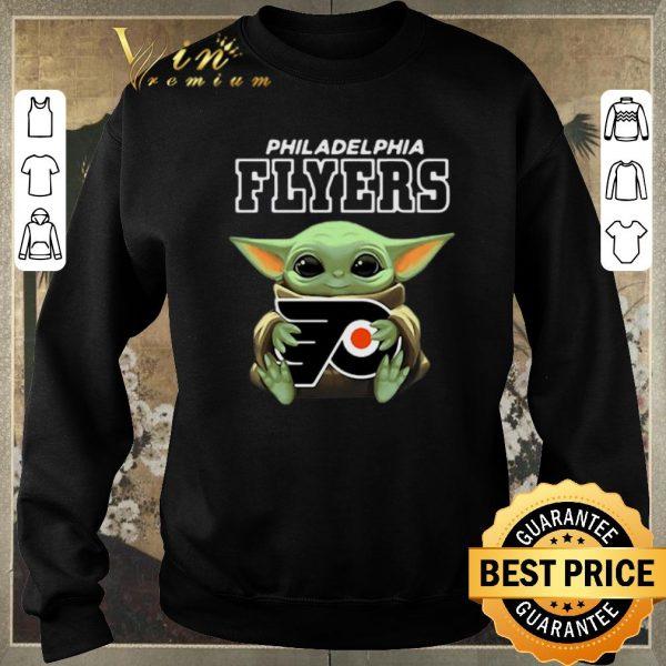 Pretty Baby Yoda Hug Philadelphia Flyers Star Wars Mandalorian shirt sweater