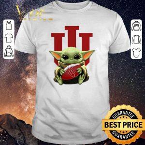 Pretty Baby Yoda hug Indiana Hoosiers Star Wars shirt sweater