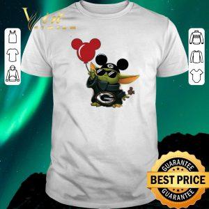 Official Mickey Mashup Baby Yoda Holding Balloon Green Bay Packers shirt sweater