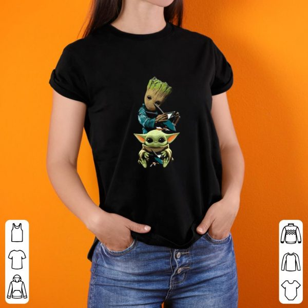 Premium Baby Yoda and Baby Groot hug San Jose Sharks shirt