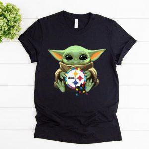 Top Star Wars Baby Yoda Hug Pittsburgh Steelers Autism shirt