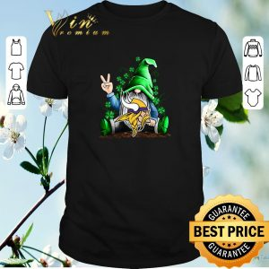 Pretty Gnomes Lucky St Patrick's day hug minnesota vikings shirt sweater