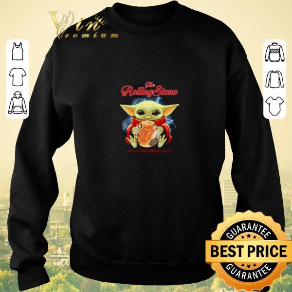 Top Baby Yoda hug the Rolling stone 1962-2020 shirt sweater