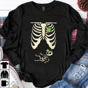 Awesome St Patricks Day Pregnancy Announcement Girl Skeleton shirt