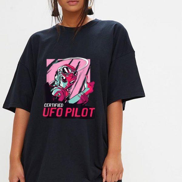 Top Alien Certified UFO Pilot Retro shirt