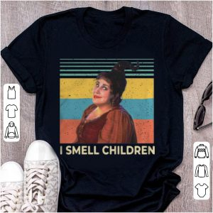 Hot Vintage Hocus Pocus I Smell Children shirt