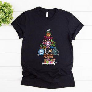 Nice Christmas Tree Philadelphia Flyers shirt