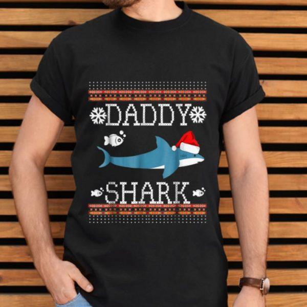 Awesome Mens Matching Family Christmas Pajamas Shirts-Daddy Shark TShirt B07KDV1D44.png