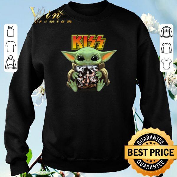 Awesome Baby Yoda hug Kiss Star Wars Mandalorian shirt sweater