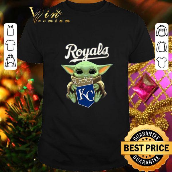 Pretty Baby Yoda Hug Kansas City Royals shirt