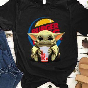 Pretty Star Wars Baby Yoda Hug Burger King shirt