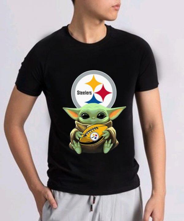 Top Star Wars Baby Yoda Hug Pittsburgh Steelers shirt