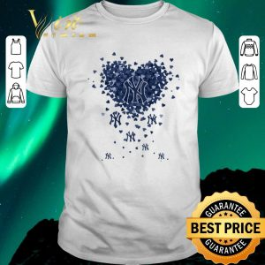 Awesome Love New York Yankees Tiny Hearts Shape shirt sweater