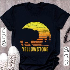 Hot Vintage Yellowstone National Park Retro Travel shirt