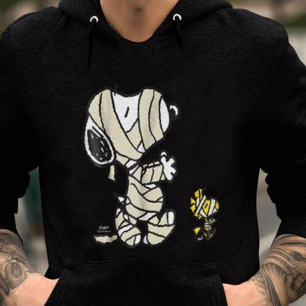 Pretty Peanuts And Snoopy Mummy shirt