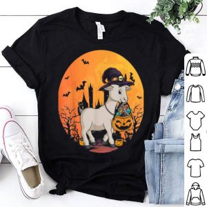 Nice Halloween Goat With Witch Hat Pumpkin Candy Bucket shirt