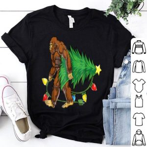 Official Bigfoot Christmas Tree Men Boys Kids Sasquatch Santa shirt